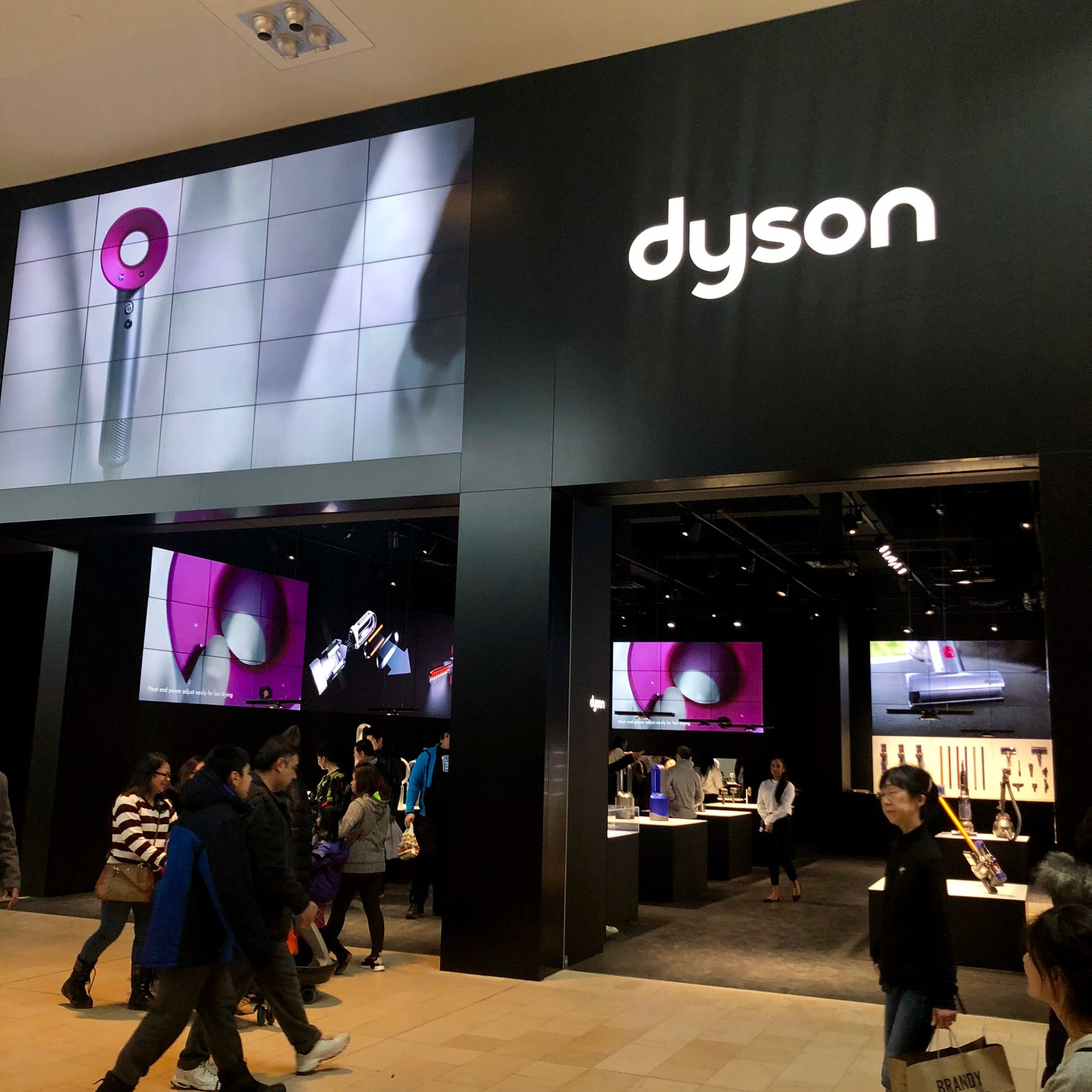 Never Lose Suction… Dyson opens first Canadian Demo Store
